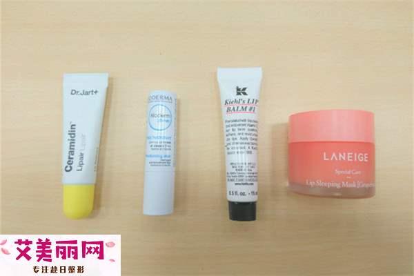 什么唇膏可以当唇膜用 实测超玻尿酸的保湿力