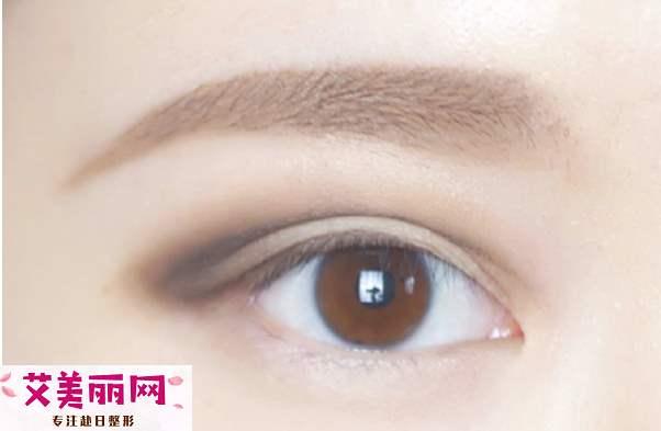 欧式双眼皮的画法 双重眼线把眼睛自然变大