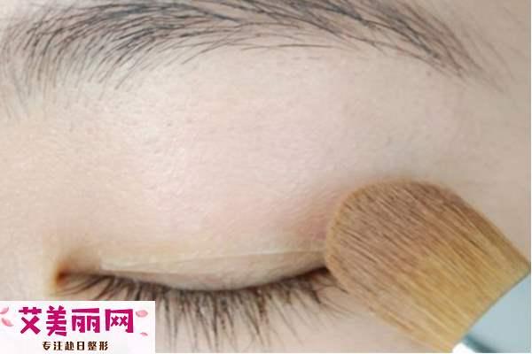 单眼皮自然变双眼皮的化妆技巧 简单5步变外双大眼妹